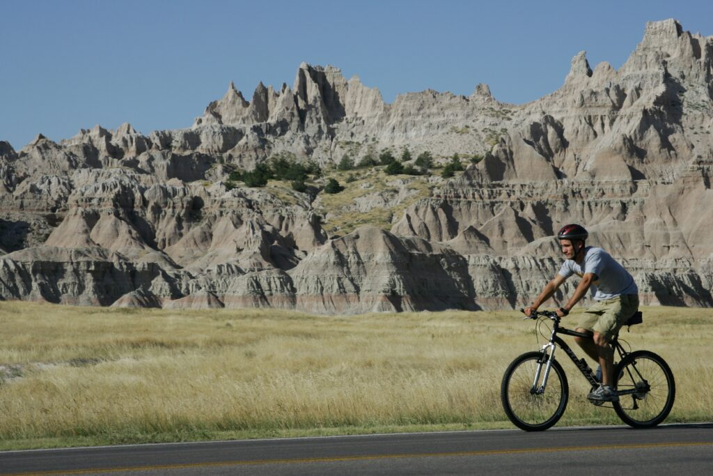 Cycling on the dramatic Loop Road in Badlands National Park